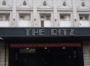 Deux soleils pour le Ritz : Bat for lashes ouvre le bal (the Manchester series #1)