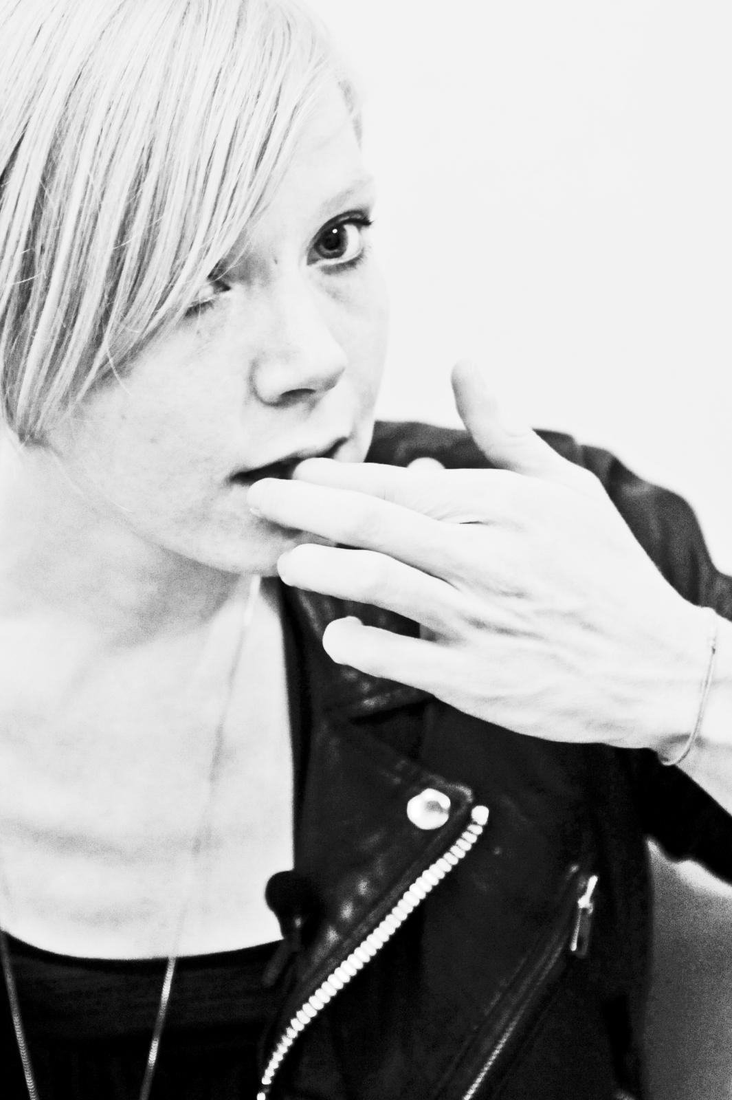 Lissy Trullie, elle existe aussi en VF (interview)
